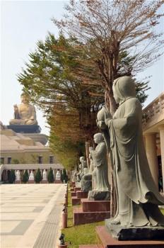 佛陀紀念館十八羅漢中,有三尊女羅漢。 圖/人間通訊社提供