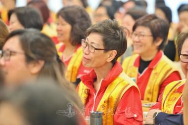佛光會員笑容滿面,參與講習會。