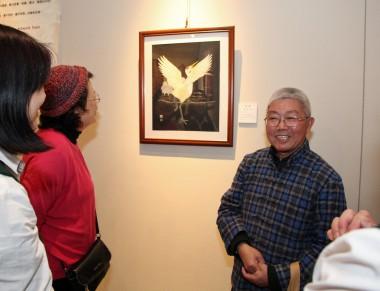 史仁傑老師向參觀者導賞。