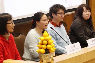 四位參賽青年接受評判及觀眾提問(左起吳若菁、黃秀麗、余慶佳、楊佩儀)。
