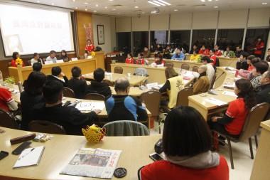 香港佛光道場舉辦「貧僧有話要說 青年也要發表」研討會4位參賽青年分享自己讀貧僧一書的心得報告,50觀眾參與。