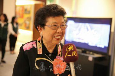 榮譽功德主陳蔡蝴蝶跟隨星雲大師學習近四十年,表示佛光山是她第二個家。