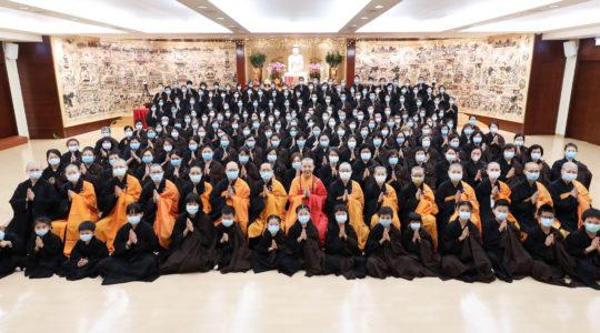香港佛光道場與本山連線舉行三皈五戒典禮